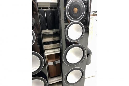 monitor audioのスピーカー