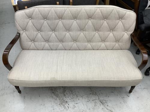 1人掛けソファーのカリモク60