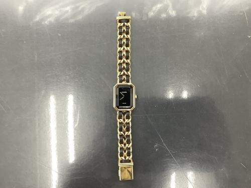 腕時計のCHANEL