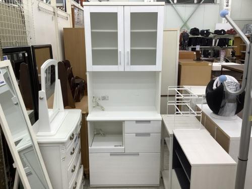 キッチン収納 中古の川崎 青葉 世田谷 鶴見 横浜    中古 家具