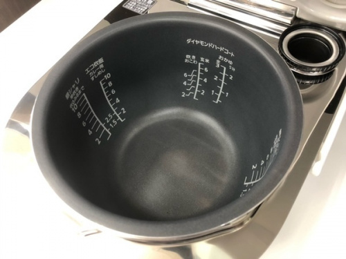 Panasonic パナソニックのスチームIH炊飯ジャー