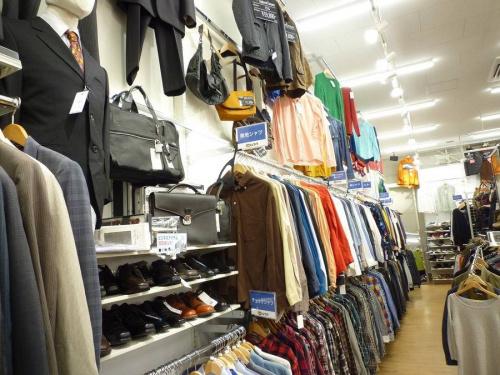 衣類の松原店