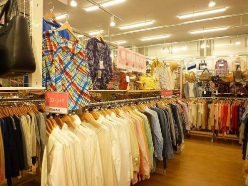 関西の松原 衣類