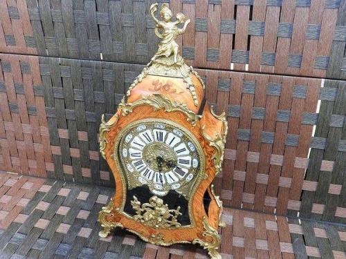 置き時計のアンティーク