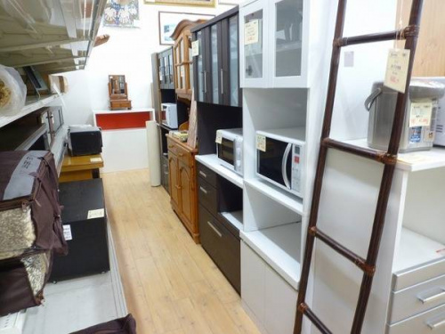 松原 家具の食器棚