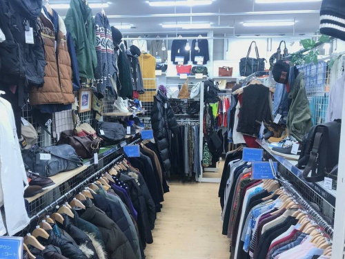 アウター の大阪 一人暮らし リサイクルショップ