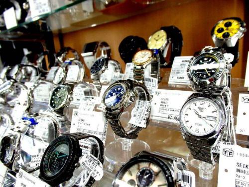 マークジェイコブス(MARC BY MARC JACOBS)の腕時計 大阪