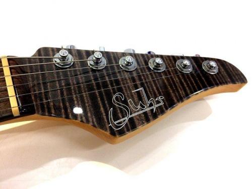 ギターのSuhr
