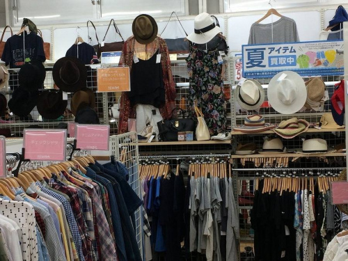 レディースファッションの夏物買取
