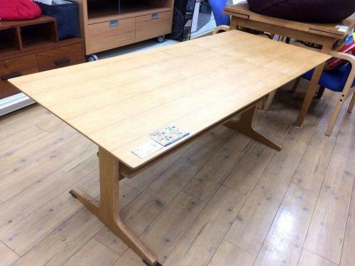 中古家具の中古ダイニングテーブル 大阪