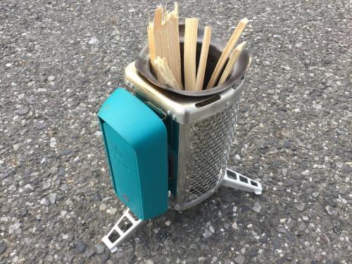 キャンプ用品のバイオライト