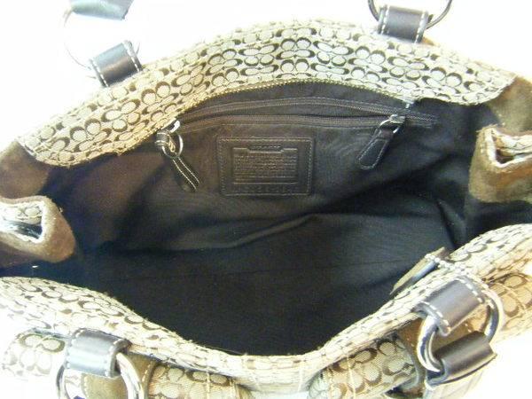 12bb9a1d7225 COACHのセミショルダーバッグ(3646)中古品にて買取入荷しました ...