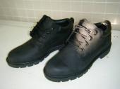 越谷衣類のブーツ