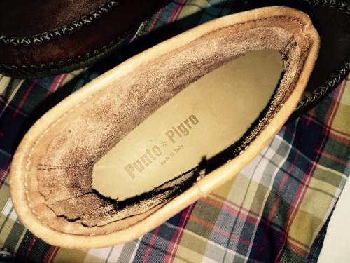 ブーツのPUNTO PIGRO