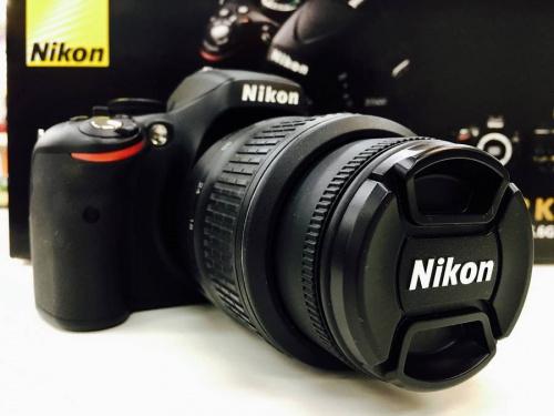 デジタル一眼レフカメラのニコン(NIKON)