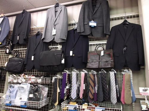 スーツのビジネスシューズ