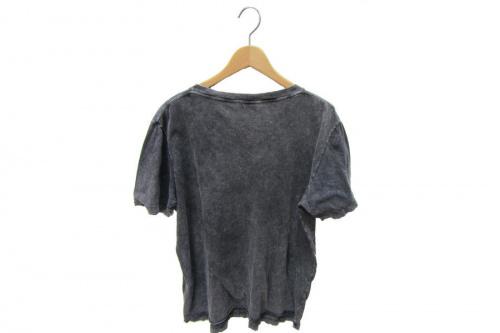 Tシャツのサンローラン
