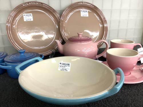 キッチン雑貨の洋食器