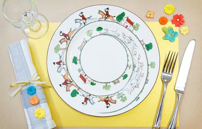 「大皿の柄を生かしたコーデ」