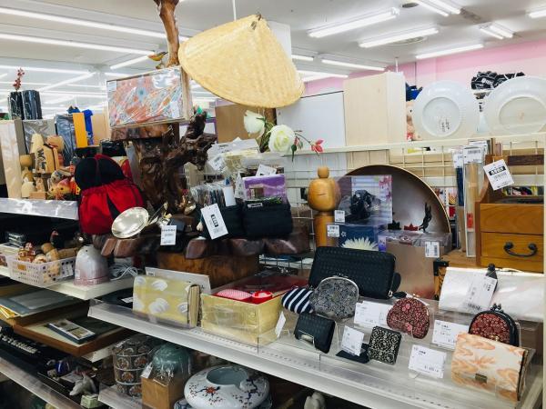 トレジャーファクトリー鶴ヶ島店 内観写真